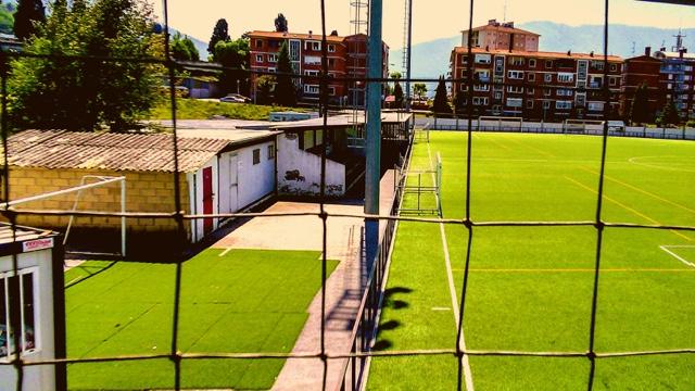 campo futbol laudio